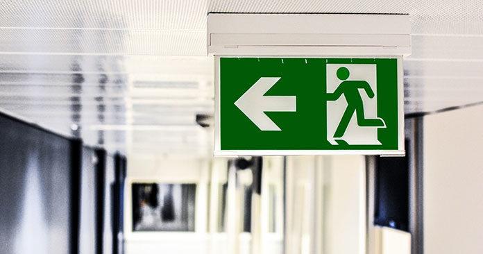 Ochrona przeciwpożarowa i zasady ewakuacji – co warto wiedzieć?